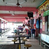 Photo taken at Medan Selera Selandar by Rozaimie J. on 5/1/2013