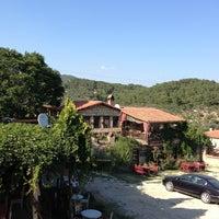 7/15/2013 tarihinde Sadik O.ziyaretçi tarafından Yeşilyurt Köy Kahvesi'de çekilen fotoğraf