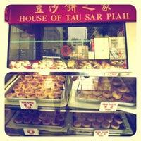 Photo taken at House of Tau Sar Piah by Nattie U. on 10/8/2012