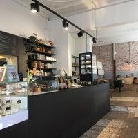 Yoghurt Barn - Frozen Yogurt Shop in Haarlem