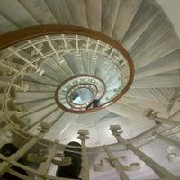 2/9/2013 tarihinde Oğuz Gürkan U.ziyaretçi tarafından ARTER - sanat için alan |space for art'de çekilen fotoğraf