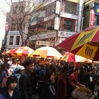 Photo taken at 씨앗호떡 by Wonhong C. on 3/10/2013