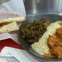 Das Foto wurde bei Bombay's Indian Restaurant von venice m. am 6/3/2014 aufgenommen