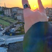 Das Foto wurde bei Altıntepe Durağı von Filiz . am 2/9/2018 aufgenommen