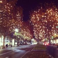 Das Foto wurde bei Kurfürstendamm von Yuliana am 12/11/2012 aufgenommen
