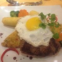 Foto tomada en Sol Restaurant por Felipe el 3/16/2013