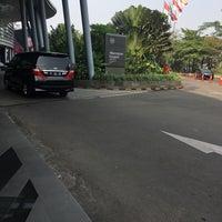 Снимок сделан в Sheraton Grand Jakarta Gandaria City Hotel пользователем Vinolia S. 7/29/2018