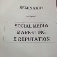 รูปภาพถ่ายที่ Centro Conferenze alla Stanga โดย Silvia Z. เมื่อ 11/28/2012