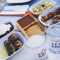 6/10/2015 tarihinde Gelos Dinner&Drinkziyaretçi tarafından Gelos Dinner&Drink'de çekilen fotoğraf