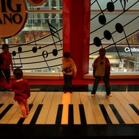 Photo taken at FAO Schwarz by Adriano G. on 5/20/2013