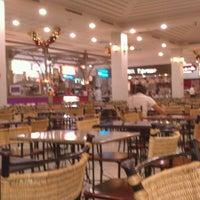 Foto tirada no(a) Praça de Alimentação por Abner A. em 11/12/2012