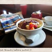 Photo taken at M Cafe by Aquigenus on 10/6/2012