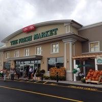 Photo taken at The Fresh Market by Cynthia D. on 10/15/2014