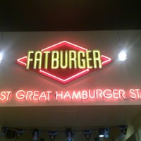 Photo taken at Fat Burger by Daniejay J. on 5/1/2013