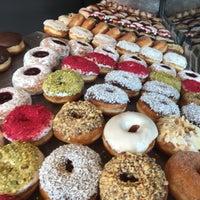 Снимок сделан в The Rolling Donut пользователем Enrique M. 3/2/2017