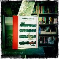 Photo prise au Words' Worth Booksellers par 4mediafactory [ƒj] 2.0™ le4/7/2015