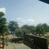Photo taken at Surya Kencana Hotel by Cantique R. on 7/10/2018