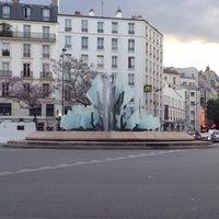 Photo taken at Avenue Gambetta by Levon I. on 4/28/2014