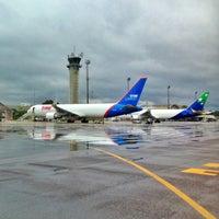 Photo taken at Aeroporto Internacional de Manaus / Eduardo Gomes (MAO) by Haroldo F. on 7/24/2013