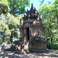 Photo taken at Candi Cangkuang by Jesse G. on 9/3/2016
