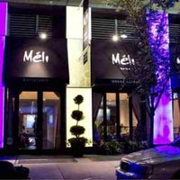 Foto tirada no(a) Meli Restaurant por Pamala Y em 6/23/2013