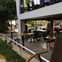 5/10/2017 tarihinde Ufuk T.ziyaretçi tarafından Wind Coffee & Lounge'de çekilen fotoğraf