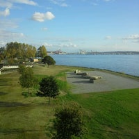 Das Foto wurde bei Myrtle Edwards Park von Adrian A. am 10/16/2012 aufgenommen