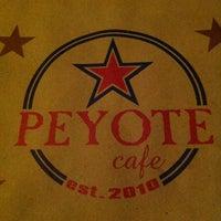 Foto scattata a Peyote Café da Luca HD Chop il 2/9/2013
