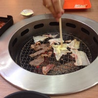 Photo taken at Sumi Sumi Asian Grill by JI JI on 6/17/2016