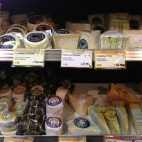 Photo taken at Cowgirl Creamery by SPike on 8/4/2013
