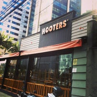Photo taken at Hooters by Matthews M. on 4/18/2013