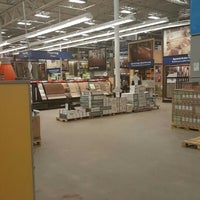 Photo taken at Lowe's Home Improvement by Akilah J. on 7/2/2016