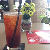 Photo taken at Black Canyon Coffee by Ryan B. on 8/17/2014