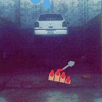 Photo taken at lavadero car wash by Oscár C. on 9/25/2015