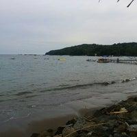 Photo taken at Pantai Timur Pangandaran by Adnin S. on 3/20/2016