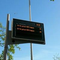 Photo taken at Bushalte Metrostation Slinge by Damian V. on 5/9/2017