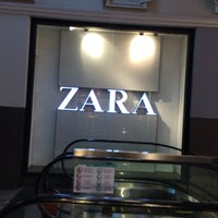 Photo taken at ZARA by Handy H. on 1/16/2016