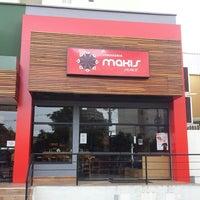 Foto tirada no(a) Makis Place por Chaval . em 4/12/2013