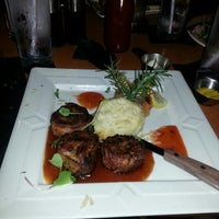 Photo taken at Copper Grill by Lacresha C. on 9/28/2014