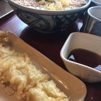 Photo taken at 金比羅製麺 京都大山崎店 by 伊賀のなつこう パ. on 1/26/2018