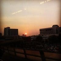 Photo taken at สนามเป้า by MJ Jiraprapha N. on 1/11/2014