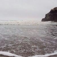 Photo taken at Playa León Dormido by Gonzalo U. on 3/25/2016