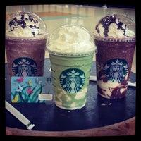 Photo taken at Starbucks by Erwin T. on 7/3/2013