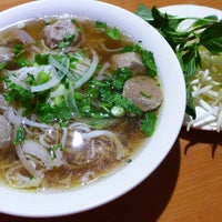Photo taken at Th`uy's Pho by Phoenix F. on 11/14/2017