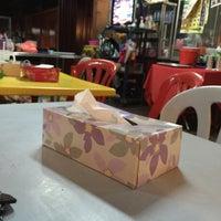 Photo taken at D'Rossa Restaurant by Aqem87 on 12/13/2015