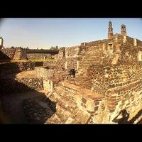 Foto tomada en Zona Arqueológica Tlatelolco por Gonzalo P. el 10/17/2012
