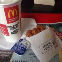 Photo taken at McDonald's by Ivana S. on 7/16/2015