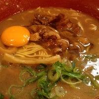 Photo taken at 徳島ラーメン 麺王 高松駅前店 by にっさん 2. on 11/9/2012