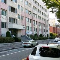 Photo taken at 경북대학교 공과대학 9호관 by 희영 이. on 10/10/2014