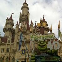 Photo taken at Shrek 4-D Adventure by Hans A. on 12/28/2012